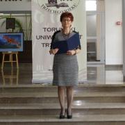 Pani wiceprezes TUTW - Lidia Królikowska ogłasza wyniki konkursu