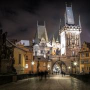 Praga.  Obraz Elias Schäfer z Pixabay