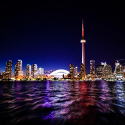 Toronto. Obraz StockSnap z Pixabay